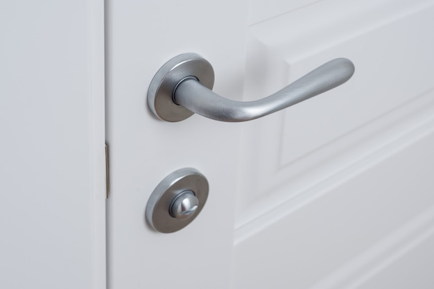 Szczegół biały wewnętrzny drzwi