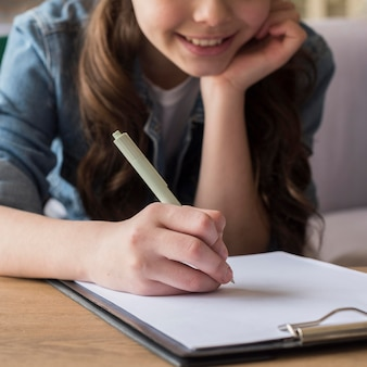 Szczegół dziewczyna rysunek