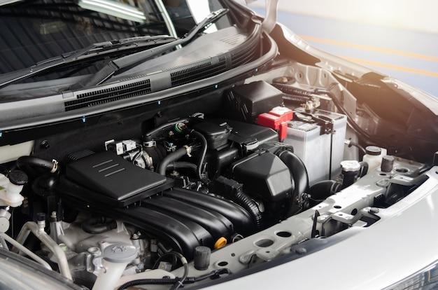 Szczegół nowoczesnego silnika samochodowego