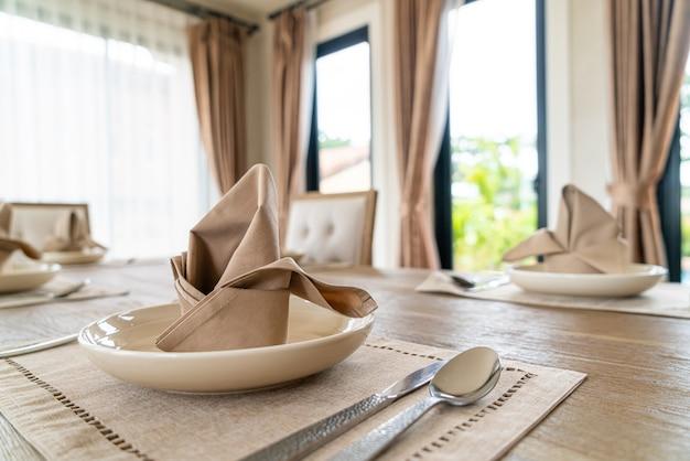 Szczegół serwetki na stole