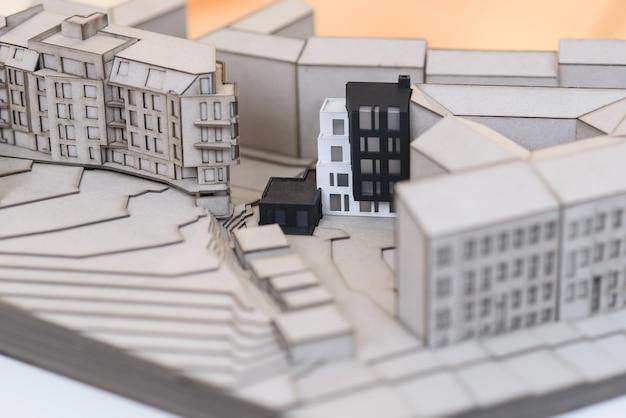 Szczegółowa makieta architektoniczna przyszłej dzielnicy mieszkaniowej.