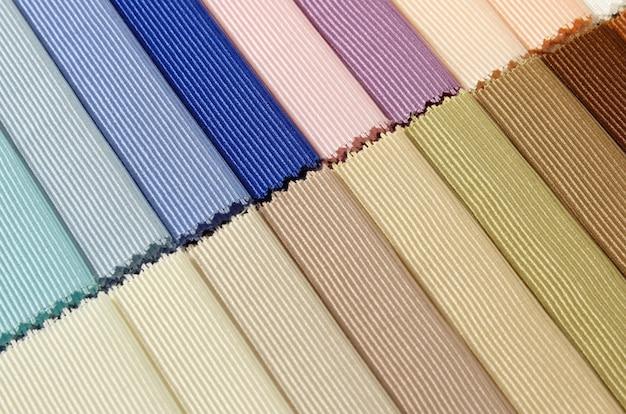 Szczegółowo próbek tekstur tkanin kolorowych