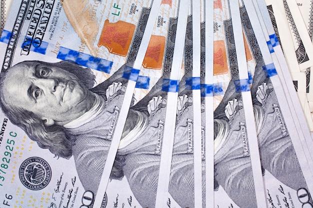 Szczegóły banknotów 100 dolarów
