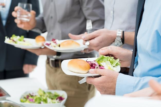 Szczegóły lunchu biznesowego