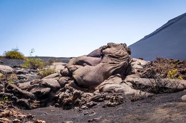 Szczegóły przepływu lawy na wulkanie pico do fogo, republika zielonego przylądka, afryka