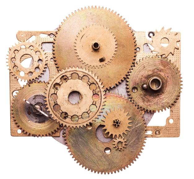 Szczegóły steampunk na białym tle. detale zegarów mechanicznych, koła zębate jako urządzenie fantasy