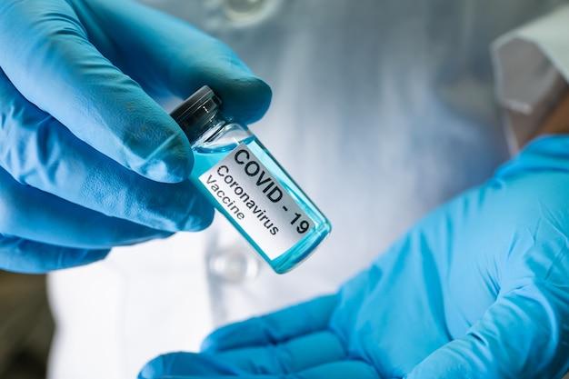 Szczepionka przeciwko koronawirusowi covid-19 medyczna.