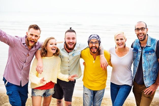 Szczęśliwa grupa przyjaciół