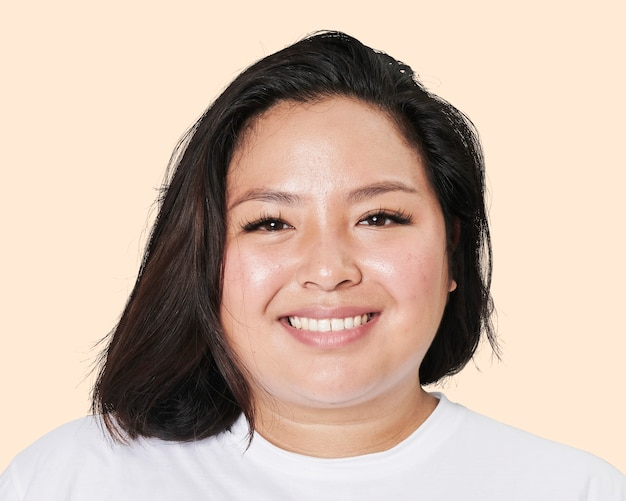 Szczęśliwa młoda kobieta z azji, portret twarzy