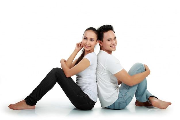 Szczęśliwa para romantyczny uśmiech
