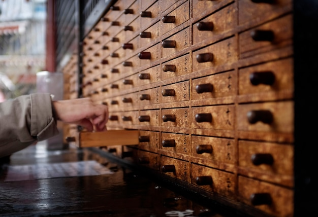 Szczęśliwe szuflady w świątyni w hongkongu