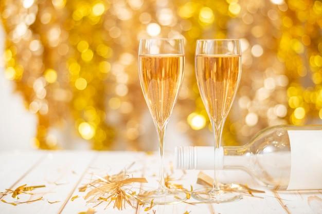 Szczęśliwego nowego roku, złoty bokeh