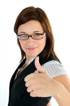 Szczęśliwy pracownik pokazując pozytywny gest