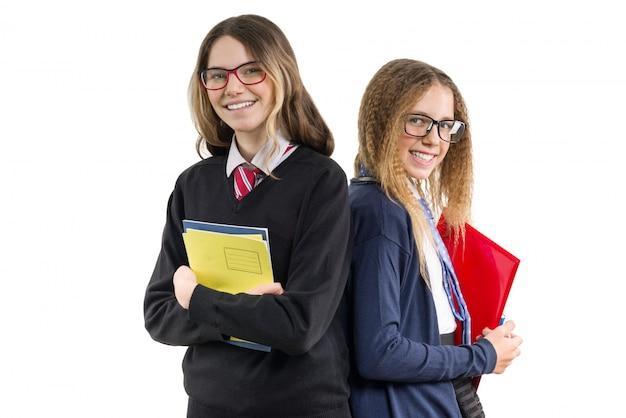 Szczęśliwy szkół średnich dziewczyn przyjaciół zbliżenia portret