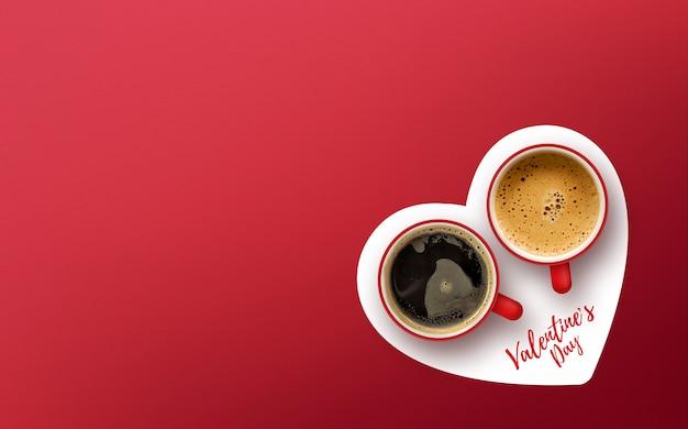 Szczęśliwych walentynek koncepcja. filiżanka kawy na czerwonym tle