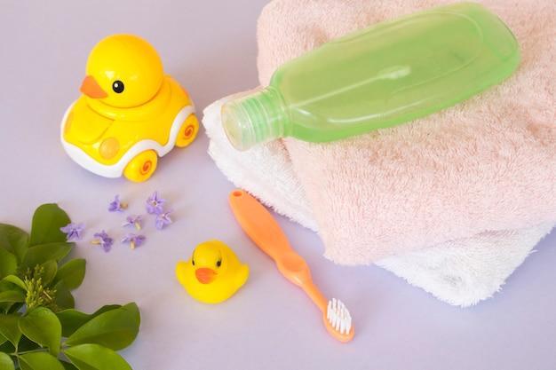 Szczoteczka do zębów szampon pielęgnacja zdrowia dziecka