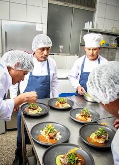 Szef kuchni w akcji - 7
