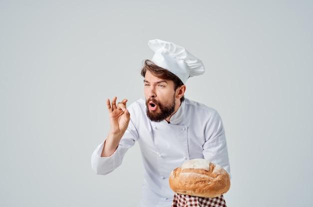Szef restauracji świadczenie usług na białym tle. zdjęcie wysokiej jakości