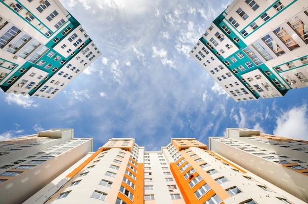 Szeroki kąt strzału nowych budynków mieszkalnych