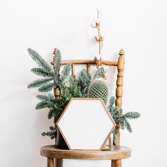 Sześciokątna rama na krześle