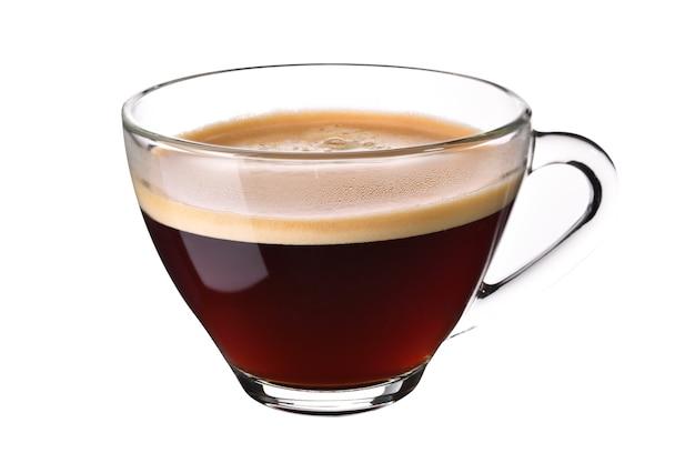 Szklane filiżanki kawy espresso na białym tle