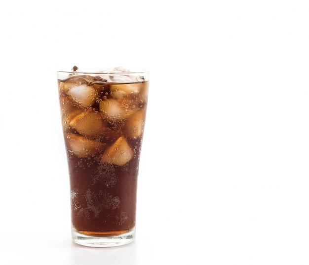 Szklanka coli z lodem