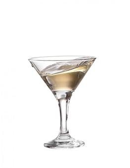 Szklanka martini na białym tle