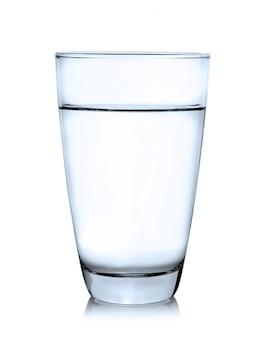 Szkło odizolowywający na białym tle woda