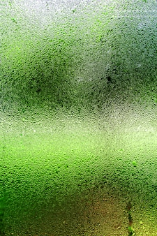 Szkło parowe spowodowane wilgocią i obrazem tła.