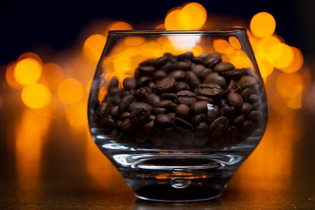 Szkło z ziaren kawy