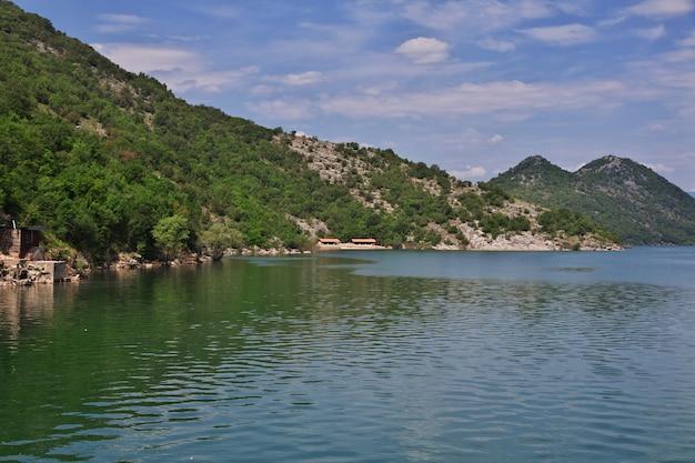 Szkodra jezioro w czarnogórze, bałkany