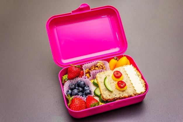 Szkolne pudełko na lunch