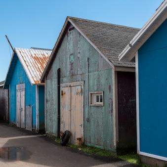 Szopy rybackie w porcie, kensington, wyspa księcia edwarda, kanada