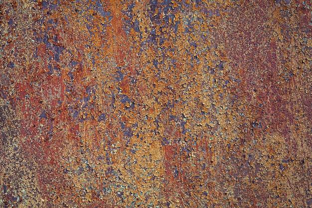 Szorstka tekstura zardzewiałej blachy żelaznej, skorodowane tło metalowe