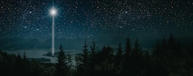Sztandar gwiazdy wskazujący na boże narodzenie jezusa chrystusa.