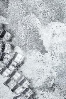 Sztuczne, przezroczyste akrylowe kawałki lodu z tworzywa sztucznego wielokrotnego użytku