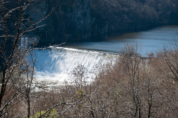 Sztuczny wodospad