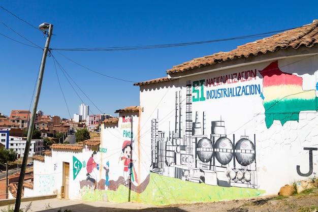 Sztuka uliczna z sucre w boliwii. boliwijskie miasto