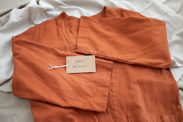 Szybka moda kontra wolno zrównoważona moda