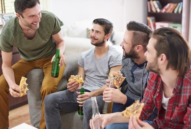 Szybki lunch z najlepszymi przyjaciółmi