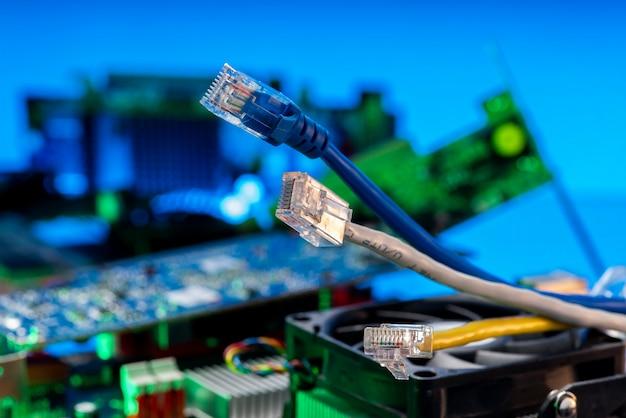 Szybkie przewody ethernet do transmisji danych w sieci internet