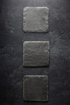 Szyld kamień łupek na czarnym tle tekstury