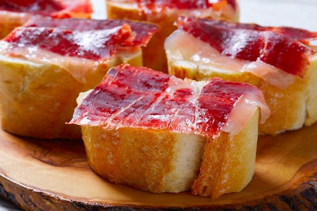 Szynka iberyjska z hiszpanii tapas pinchos