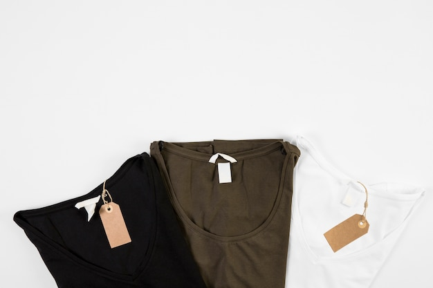 T-shirty w trzech kolorach