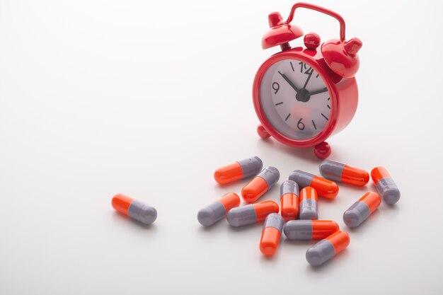 Tabletki na leki z budzikiem