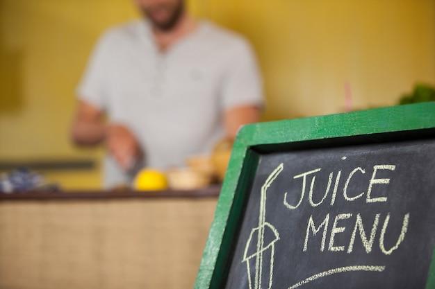 Tablica menu w supermarkecie