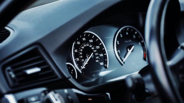 Tablica przyrządów samochodu car