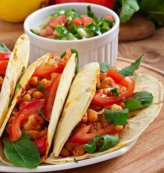 Tacos z kurczakiem i papryką