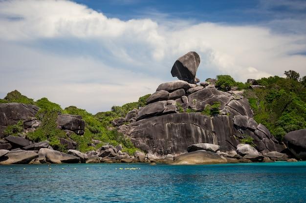 Tajlandia piękna linia brzegowa od wody