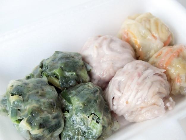 Tajlandzki deser. słodki parowy tajlandzki deser